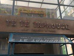 Te Te TapHouse: Craft Beer & Tapas