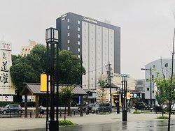 伊勢市駅前にあります。好立地です。