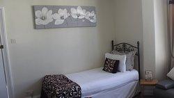 Bedroom 4 - Quad en suite