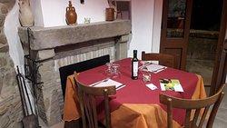 La sala degustazione in cui abbiamo ricostruito l'antica vita contadina