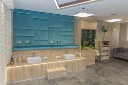 Zen Beauty Lounge Pedicure & Manicure Stations