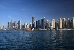 Классический вид на город с яхты.