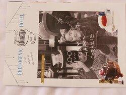 ホテル内の記念写真撮影ヒントを提供してくれる ホテル小誌[PHOTOGENIC HOTEL]