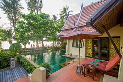 Beachfront Pool Villa