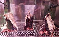 Dry-Aged-Beef im Reifeschrank
