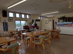 2階レストラン内部
