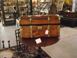 ME – YORK - TANGIBLES ANTIQUES - TRUNK #2