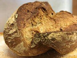 Pane con lievito madre al farro