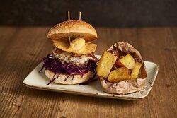 Carletto Mazzone: La romanità fatta a panino, il nostro hamburger alla carbonara, con il pecorino in un formato tutto particolare!