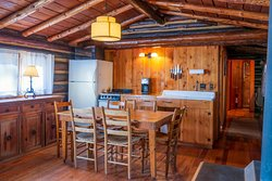 Sloans cabin kitchen and dining room