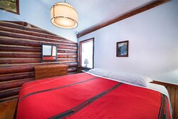 Sloans cabin bedroom