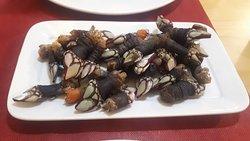 Comida excelete! Almejas buenissimas. Para repetir!!