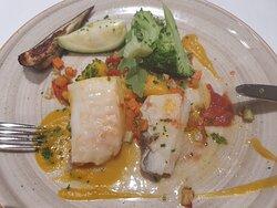 Plato de bacalao del restaurante