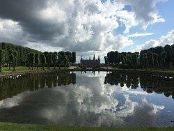 Frederiksborg Slot set fra toppen af parken,