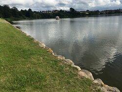 Søen foran Frederiksborg Slot.