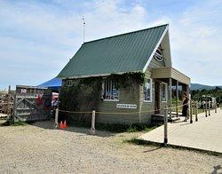 Le Chalet Katabatik: location d'embarcations nautiques et vélos