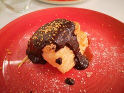 Millefeuille crème pâtissière et coulis de chocolat