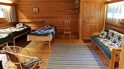 Bedroom. Green color textiles. Makuuhuone. Vihreät tekstiilit.