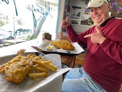A MUST STOP SHOP FOR DELICIOUS FLOUNDER IN BATTER!! ( plus many other things)