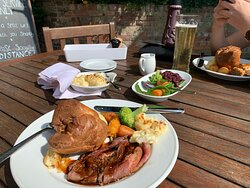 Excellent Service & Top Quality Sunday Roast
