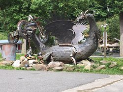 Dragon at the south end of the road