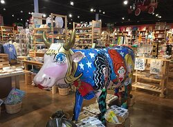 """Divas Cow. By Jules Burt, well known artist for """"Friends TV Show"""" Bring your cameras, send it to your friends and have fun."""
