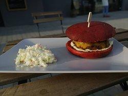Páteční domácí Rosemary burgery se salátkem