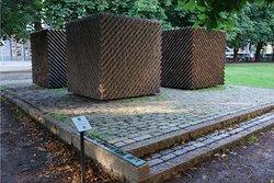 Lauri Kristian Relander Monument