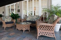 Lakeland Terrace Grille Outdoor Seating
