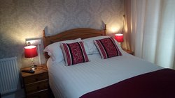 Room 10 - Ground Floor Deluxe Double with en-suite. Ideal for those who find stairs difficult.