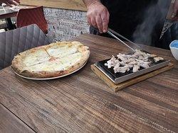 Pizza BULGOGI in preparazione