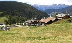 Il centro del piccolo borgo dove sorge la chiesa di San Pantaleone