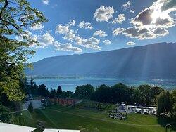 la vue depuis notre chambre donnant sur le lac du Bourget