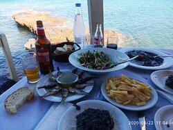 Υπέροχη θέα και φανταστικό φαγητό