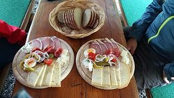 For our Jausen we use meat and cheese from a local farm so it is always fresh and tasty.