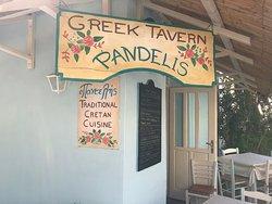 Gemütliche Taverne