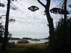 Face à la baie de Sainte Anne plage Quo Vadis quartier de Tourony à Trégastel Coeur de la Côte de Granit Rose.
