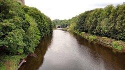 Beautiful scenic stroll on Durham's riverside.