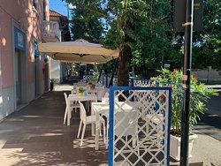 Apollo cucina greca vi aspettiamo, assaggiare il nostri piatti all aperto, riprendiamo la nostra apertura anche pausa pranzo.