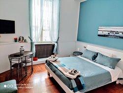 Camera Matrimoniale con bagno privato (26 mq)