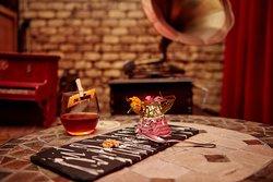 Maridajes de platos y cócteles - Apotheke