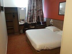 Hotel propre et au calme