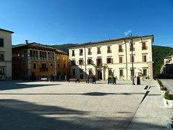 Piazza del Popolo: il lato occidentale