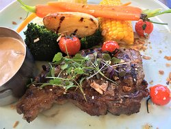 a tough, overcooked $31 steak, although veg & sauce nice. Pity will never go again.
