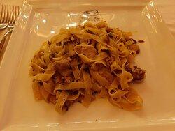 Tagliatelle funghi e tartufo