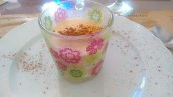 Postre de la casa tambien muy bueno.Arroz con leche con gran sabor.