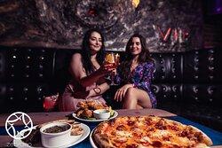 Pizzas & Cocktails