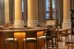 Enjoy our elegant bar, also available for dining