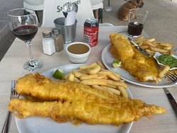 Maggie's Bar fish & chips