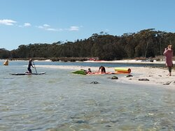 Great day at the lake for mums and kids